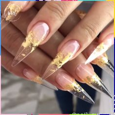 NailDesigns to save the day 💅😍 How to DIY a Wavy Manicure with Jinsoon Nail Polish darbysmart beautytips nailtutorial Article Published on: August 2018 Editor: Sarah Hackney Video By: Nail Sunny Nail Art Vidéo, How To Do Nails, My Nails, Fire Nails, Clear Nails, Cute Acrylic Nails, Creative Nails, Stiletto Nails, Long Nails