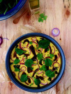 Polenta au four aux cèpes, oignon rouge et feuilles d'épinard
