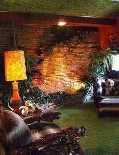 Jungle Room at Graceland--MEIN GOTT! BREATHTAKING!!