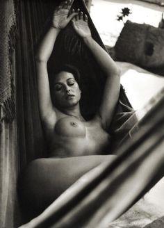 monica belluci - nude