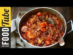(190) Jamie's Easy Slow-cooked Beef Stew - YouTube