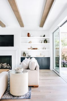 4 Best Clever Tips: Living Room Remodel Ideas Ikea Hacks living room remodel with fireplace coffee tables.Small Living Room Remodel Ceilings living room remodel with fireplace basements.Living Room Remodel On A Budget Small. Interior Design Living Room, Living Room Designs, Gray Interior, Living Room Furniture, Living Room Decor, Dining Living Room Combo, Living Room Built In Cabinets, Living Room Nook, Built In Shelves Living Room