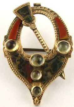 Superb Antique Victorian dated 1873 9 ct gold Scottish agate citrine brooch pin