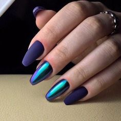 """If you're unfamiliar with nail trends and you hear the words """"coffin nails,� what comes to mind? It's not nails with coffins drawn on them. It's long nails with a square tip, and the look has. Beautiful Nail Art, Gorgeous Nails, Hot Nails, Hair And Nails, Nagellack Trends, Nail Art Blog, Metallic Nails, Holographic Nails Acrylic, Matte Nails"""