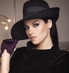 Maite Perroni..gosh wanna b like her<3