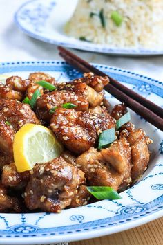 Lemon, Honey and Sesame Chicken is deliciously tender with a sticky crunchy coating. A quick weeknight staple which is a million times better than a takeaway. Gluten Free Chicken, Easy Chicken Recipes, Asian Recipes, Healthy Recipes, Ethnic Recipes, Healthy Food, Healthy Dinners, Yummy Food, Gluten Free Recipes For Dinner
