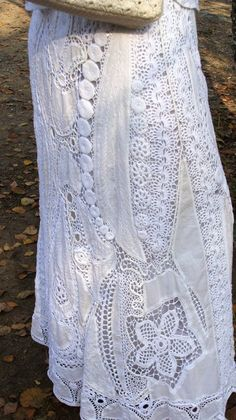 I really like the combination of fabric and crochet in the same item.
