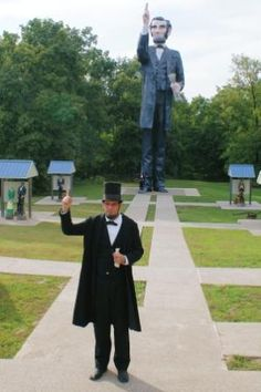 4b8e752ba0a9f Tallest Lincoln Statue  3 Miles East of Charleston on IL Highway 16 Lincoln  Statue
