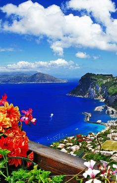 Famous Capri Island, Italy    |  45 Reasons why Italy is One of the most Visited Countries in the World