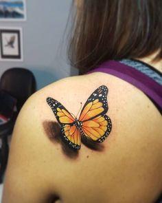 Yellow Butterfly Tattoo, Realistic Butterfly Tattoo, Monarch Butterfly Tattoo, Butterfly Tattoo Meaning, Butterfly Tattoo On Shoulder, Butterfly Tattoos For Women, Butterfly Tattoo Designs, Shoulder Tattoo, Tattoos 3d