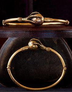 1880s Victorian Bird Claw Bracelet, 14K Gold