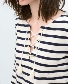 Image 2 of PUFF SLEEVE STRIPED T-SHIRT from Zara