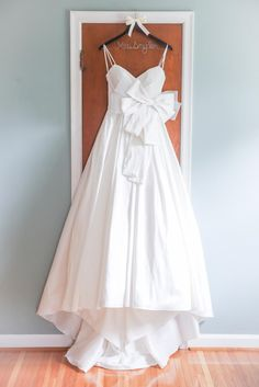 White A-Line Wedding Dress With Front Bow