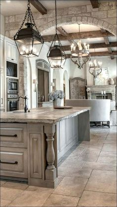 25 Finest Rustic Italian Home Décor Ideas Modern Kitchen Interiors, Modern Farmhouse Kitchens, Rustic Interiors, Tuscan Kitchens, Farmhouse Style, French Country Kitchens, Kitchen Modern, Mediterranean Kitchen Cabinets, Rustic Farmhouse