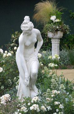 Garden statue for a classic garden Moon Garden, Dream Garden, Garden Art, Garden Design, Garden Whimsy, Garden Paths, Garden Landscaping, Formal Gardens, Outdoor Gardens
