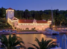Martinis Marchi, Croatia