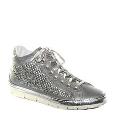 #Tennis in pelle laminata grigia di #Khrio  http://www.tentazioneshop.it/scarpe-khrio/sneaker-14129-acciaio-khrio.html