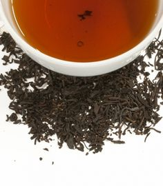 Harney & Sons Lychee tea is a traditional flavored black tea from China, known for its grape-like flavors. Try it hot or iced. It's delicious and aromatic. Chinese Black Tea, Tea Blends, How To Dry Basil, Tea Time, Herbs, Canning, Hot, China