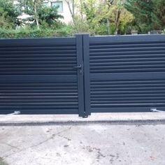 Aluminium full boarded dual swing gate EMALU - DENIA by Mister Gates Direct