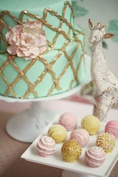 Gold, turquoise and pink party
