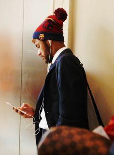 Neymar #footballislife I'm loving that hat