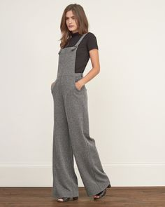 Womens Textured Wide Leg Overall | Menswear-inspired with comfy herringbone fabrication, adjustable shoulder straps with buttons closure, comfortable through the legs with an interior side zipper, Classic Fit | Abercrombie.com