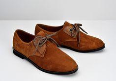 Découvrez le modèle Hero One Suede - Nuts et les chaussures en cuir de la collection Armistice Femme - Livraison gratuite en France !