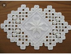 Hardanger Embroidery, Hand Embroidery Stitches, Ribbon Embroidery, Needlepoint Stitches, Needlework, Doilies, Diy And Crafts, Shabby, Notes