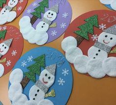 Easy Snowman Crafts for Adults - Easy Creative Snowman Crafts - Plate snow man paper - Snowman Foam Crafts - Easy winter snowman paper craft for kids Christmas Crafts For Toddlers, Winter Crafts For Kids, Preschool Christmas, Christmas Activities, Toddler Crafts, Preschool Crafts, Kids Christmas, Holiday Crafts, Art For Kids