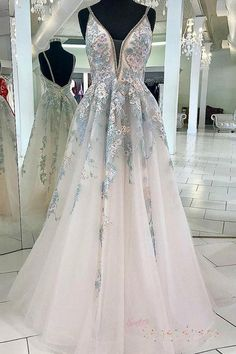 Floral Graduation Dress for 2020, A Line Formal Gown with Lace Appliques, Unique Sweet 16 Dresses #elegantdress #plussizedress #simpledress #fashiondress #alinepromdress #fitteddress