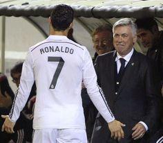 Cristiano Ronaldo consolé par Carlo Ancelotti - http://www.actusports.fr/126141/cristiano-ronaldo-console-par-carlo-ancelotti/