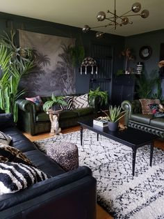 Our dark and cosy livingroom Dark Living Rooms, Living Room Green, Home Living Room, Interior Design Living Room, Living Room Designs, Living Room Decor, Bedroom Decor, Home Room Design, Dream Home Design