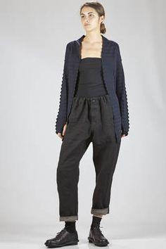 Haat   long cardigan in cotton garter, nylon and polyurethane with horizontal zig-zag patterns   #haat
