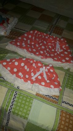 Faldas dos arandelas