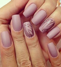 Cute Levander Nail Art for Prom