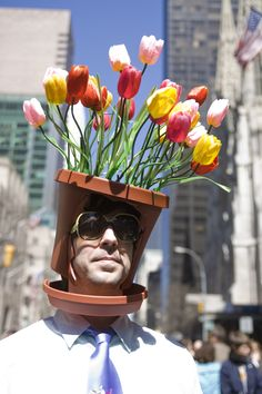 This made me laugh and laugh...so fun for an Easter parade