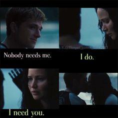 Catching Fire Katniss and Peeta kiss