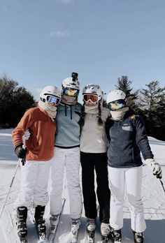 Grande Analiese Nichole – My Life Typed Out Super Fantastico ski trip ! Snow Pictures, Friend Pictures, Go Skiing, Skiing Colorado, Ski And Snowboard, Ski Ski, Snowboarding Outfit, Foto Pose, Winter Pictures