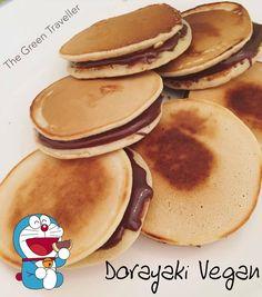 Avete presente le merendine che tanto adora Doraemon? Si chiamano Dorayaki e sono dei tipici dolcetti giapponesi molto simili ai pancakes. La ricetta originale dell'impasto contiene uova e il…