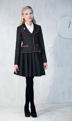 Toddler School Uniforms, Cute School Uniforms, School Uniform Fashion, School Girl Outfit, Young Girl Fashion, Tween Fashion, Little Girl Fashion, Little Girl Dresses, Girls Dresses