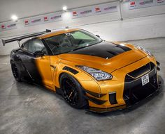 nissan gtr Liberty Walked Nissan GT-R insta Z_litwhips Liberty Walked Nissan GT-R insta Z_litwhips Nissan Gtr Nismo, Nissan Gt R, Gtr R35, Luxury Sports Cars, Exotic Sports Cars, Sport Cars, Nissan Skyline, Pulsar Motos, Supercars