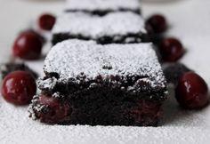 Mákos süti ahogy Flóra készíti | NOSALTY Hungarian Recipes, Looks Yummy, Food And Drink, Pie, Sweets, Cookies, Healthy, Poppy, Minden