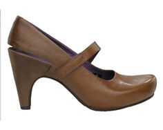 brown heel.