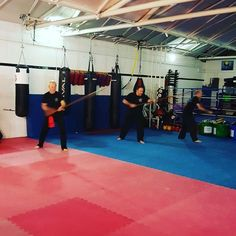 Awesome night of training at Basildons Martial Arts Academy. Tigers Dragons Juniors then busy MMA and kickboxing followed by traditional kungfu Hakka Mantis with some pole work