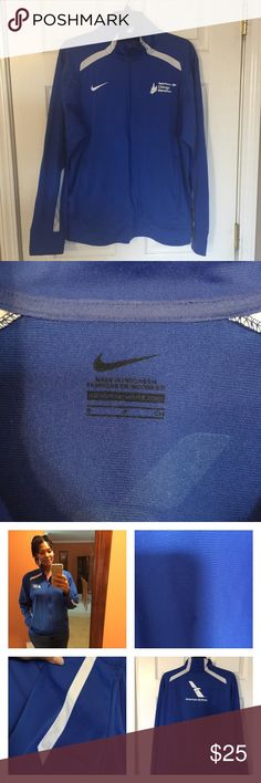 Nike Chicago marathon warm up jacket Beautiful bright blue Nike Chicago marathon unisex warm up jacket! Gently worn, in good condition, a little piling on sleeves not bad and a tiny ink spot on front ...won't make notice! Really cute tho and loves by me😍 Nike Jackets & Coats Jean Jackets