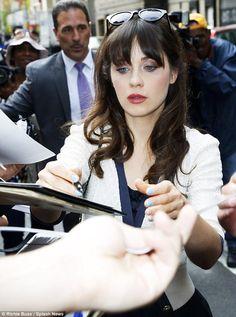Zooey Deschanel hair & makeup, she has impeccable makeup!!!! love it!