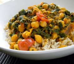 EASY CHICK PEA AND SPINACH INDIAN CURRY:   EASY CHICK PEA AND SPINACH INDIAN CURRY  Miryam's original recipe  2 1lb cans of chickpeas,   3 lg onions,   3 cloves of garlic,   1 oz fresh ginger,   3 med tomatoes,   6 oz tomato puree,   2 tsp turmeric,   1 tbs garam masala 1 tbs coriander powder 10 dried cloves,   15 peppercorns,   1 lb chopped frozen spinach,   Fresh coriander