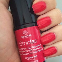 Alessandro Striplac Berry Red Shimmer