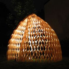 Wood Pavillion by Wing Yi Hui and Lap Ming Wong (students at the Oslo School of Architecture Design) Oslo, Wood Architecture, School Architecture, Organic Architecture, Nachhaltiges Design, Event Design, Street Installation, Joinery Details, Fabric Structure