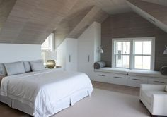 Adorable 16 Smart Attic Bedroom Design Ideas Makes me wish for a loft conversion…But then I think of the mess and decide against it! The post 16 Smart Attic Bedroom Design Ideas Makes me wish for a loft conversion…But th… appeared first on Decor Designs . Attic Bedroom Closets, Attic Master Bedroom, Attic Bedroom Designs, Bedroom Closet Design, Attic Design, Closet Bedroom, Home Bedroom, Interior Design, Attic Bathroom